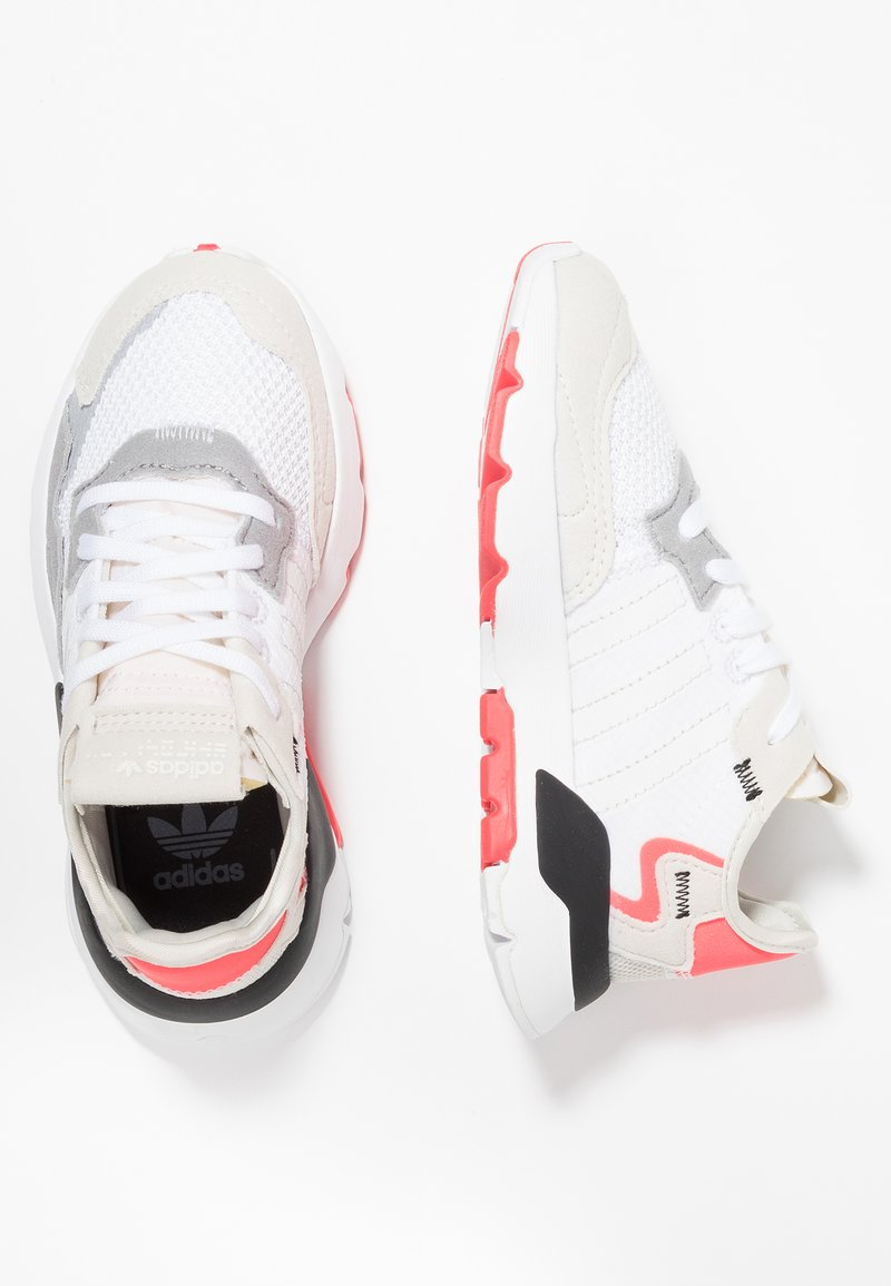 adidas Originals - NITE JOGGER - Trainers - footwear white/crystal white/shock red
