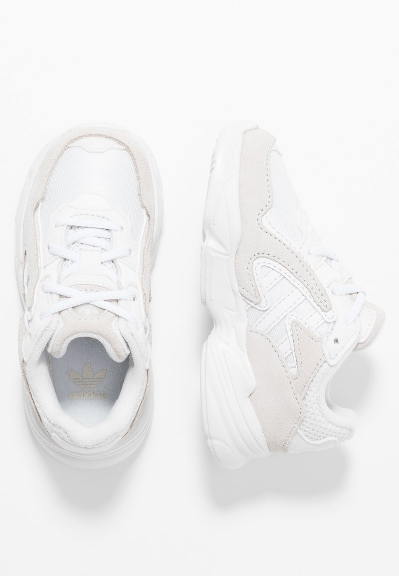 adidas Originals - YUNG-96 CHASM - Loafers - crystal white/footwear white