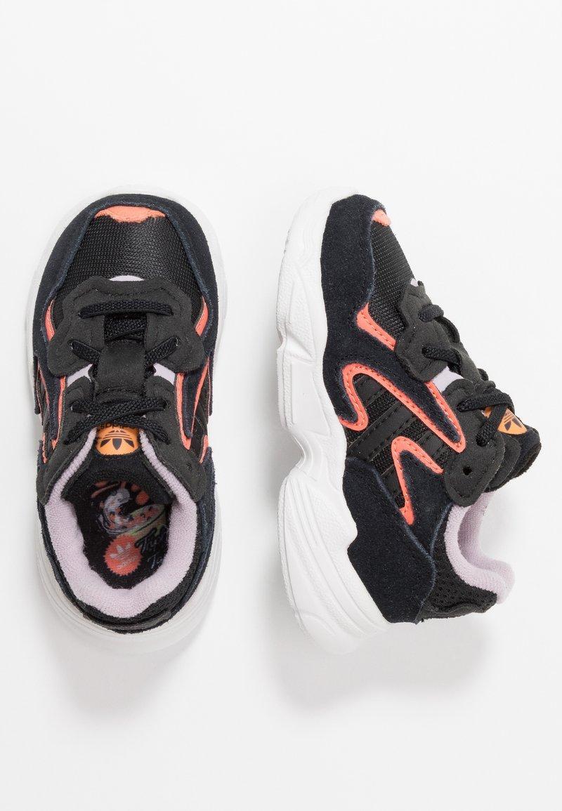 adidas Originals - YUNG-96 CHASM - Loafers - core black/semi coral