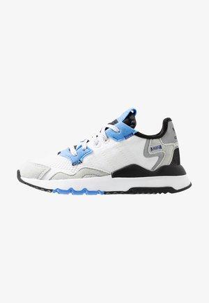 NITE JOGGER - Zapatillas - footwear white/real blue