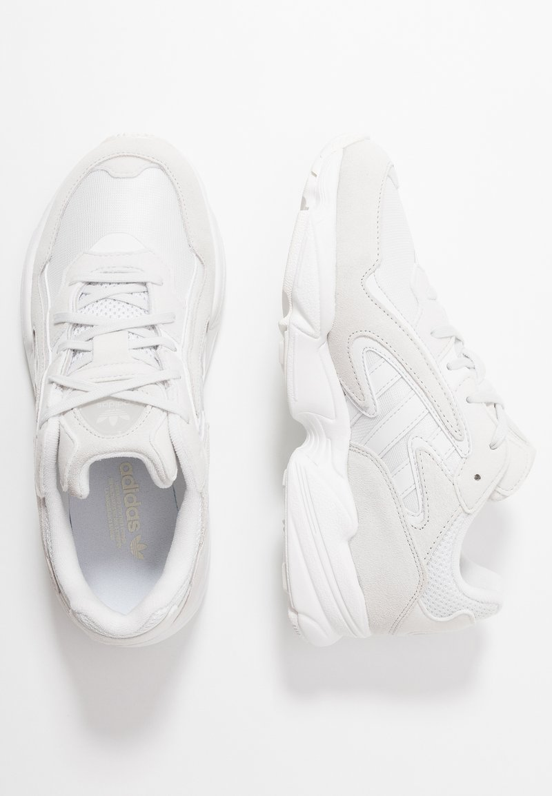 adidas Originals - YUNG-96 CHASM - Trainers - crystal white/footwear white