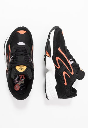 YUNG-96 CHASM - Trainers - core black/semi coral
