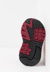adidas Originals - NITE JOGGER - Slip-ins - shock red/grey two - 5