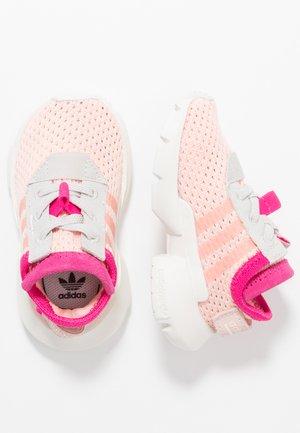 POD-S3.1 - Slip-ons - pink