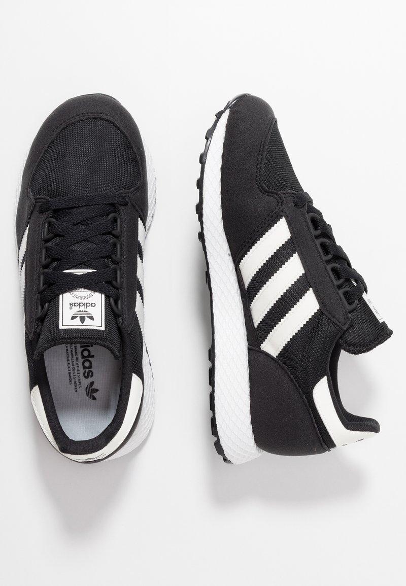 adidas Originals - FOREST GROVE - Trainers - core black/cloud white/chalk white