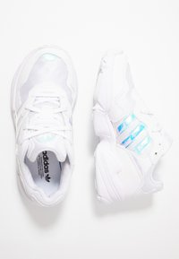 adidas Originals - YUNG-96 - Trainers - footwear white/core black - 0