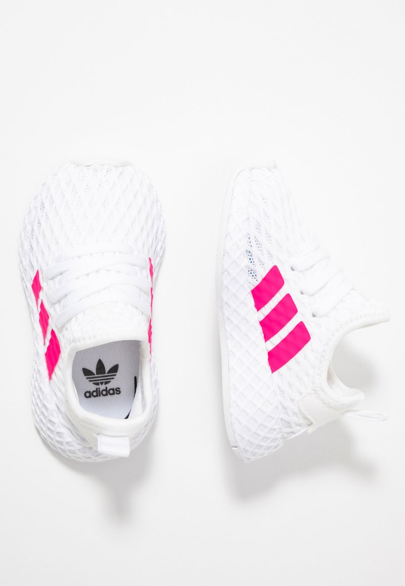 adidas Originals - DEERUPT RUNNER  - Sneakersy niskie - footwear white/shock pink/core black