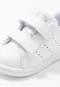 adidas Originals - STAN SMITH CF - Zapatillas - footwear white/core black - 2
