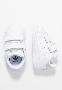 adidas Originals - STAN SMITH CF - Zapatillas - footwear white/core black - 0