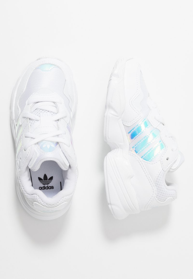 adidas Originals - YUNG-96  - Sneaker low - footwear white/core black