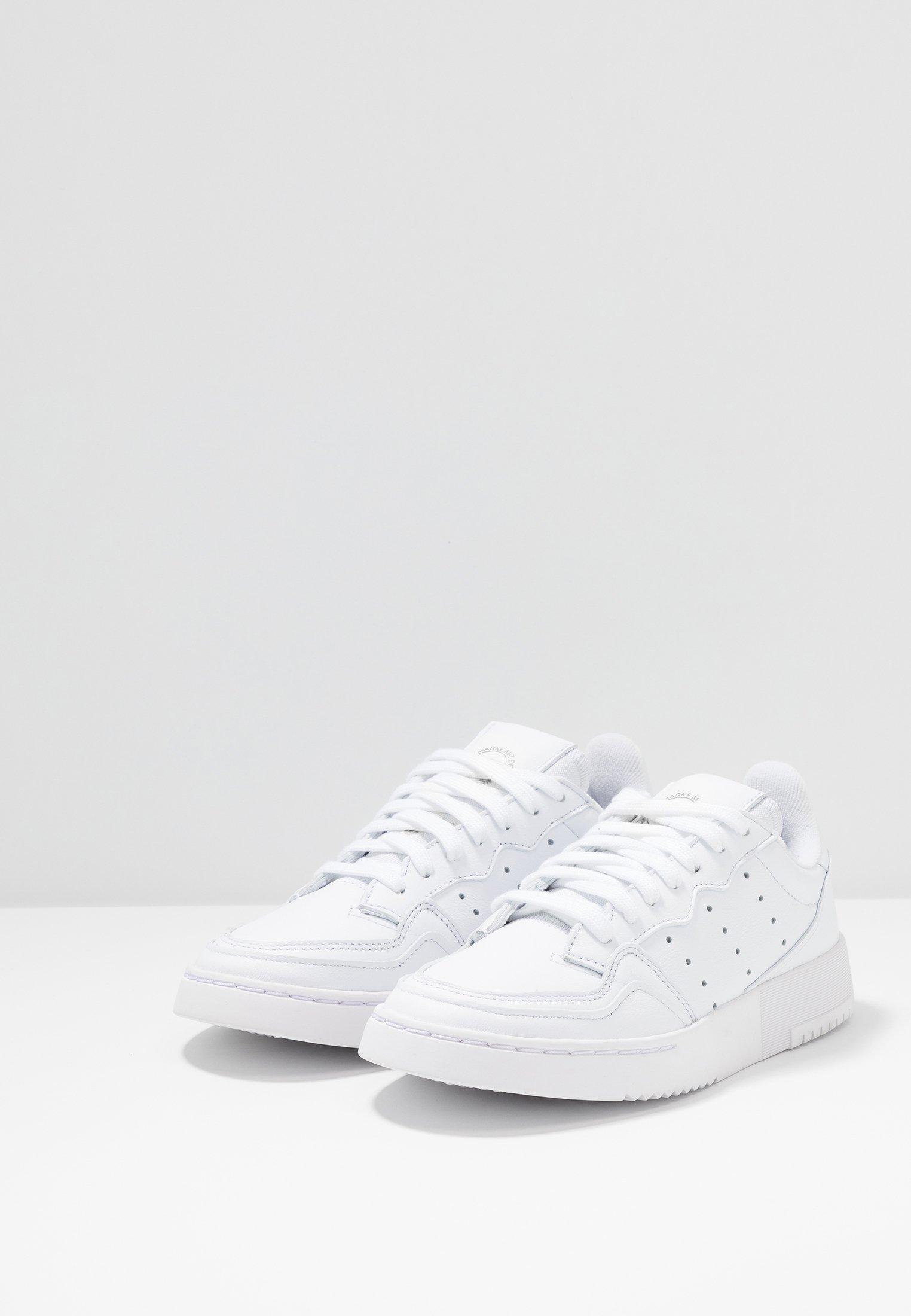 adidas Originals SUPERCOURT - Sneakersy niskie - footwear white