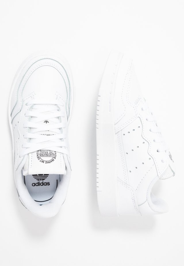 SUPERCOURT - Baskets basses - footwear white/core black