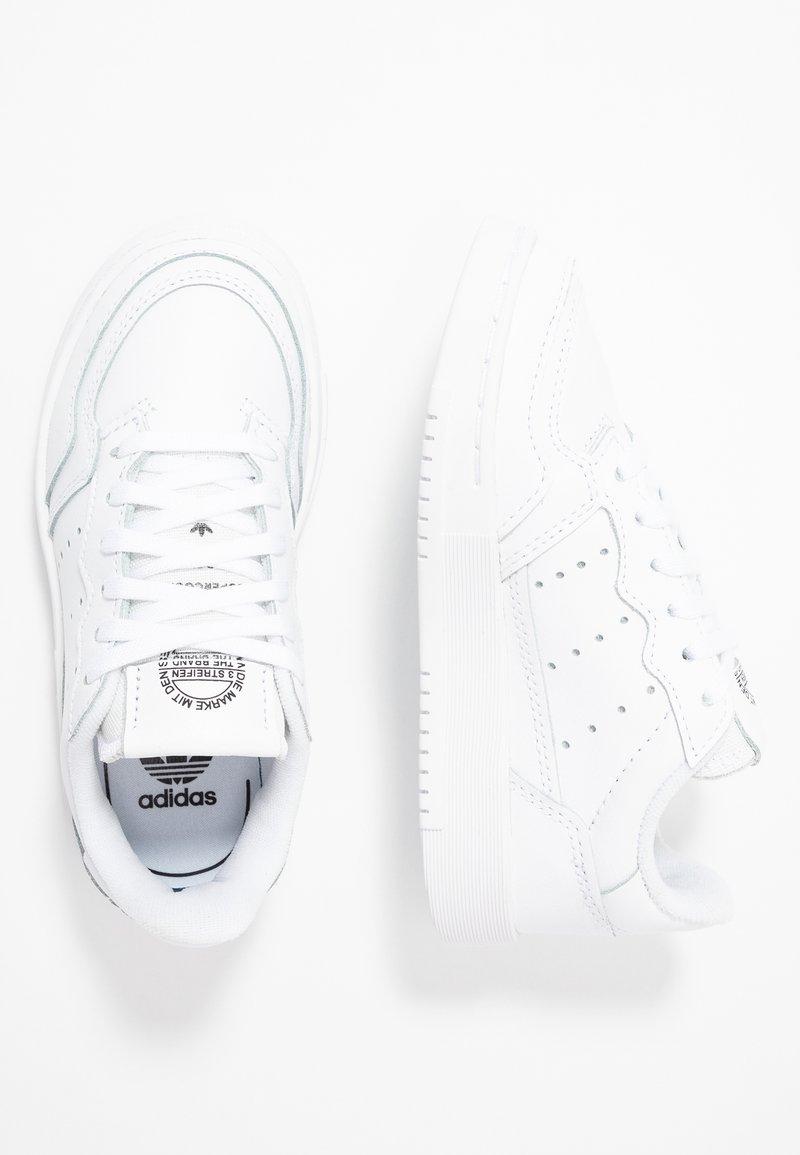 adidas Originals - SUPERCOURT - Tenisky - footwear white/core black