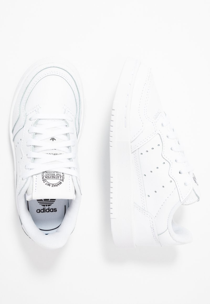 adidas Originals - SUPERCOURT - Sneaker low - footwear white/core black