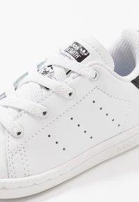 adidas Originals - STAN SMITH - Slip-ins - footwear white/core black - 2