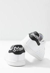 adidas Originals - STAN SMITH - Slip-ins - footwear white/core black - 7