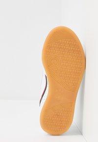adidas Originals - CONTINENTAL 80 CF - Sneakers - footwear white/crystal white - 5
