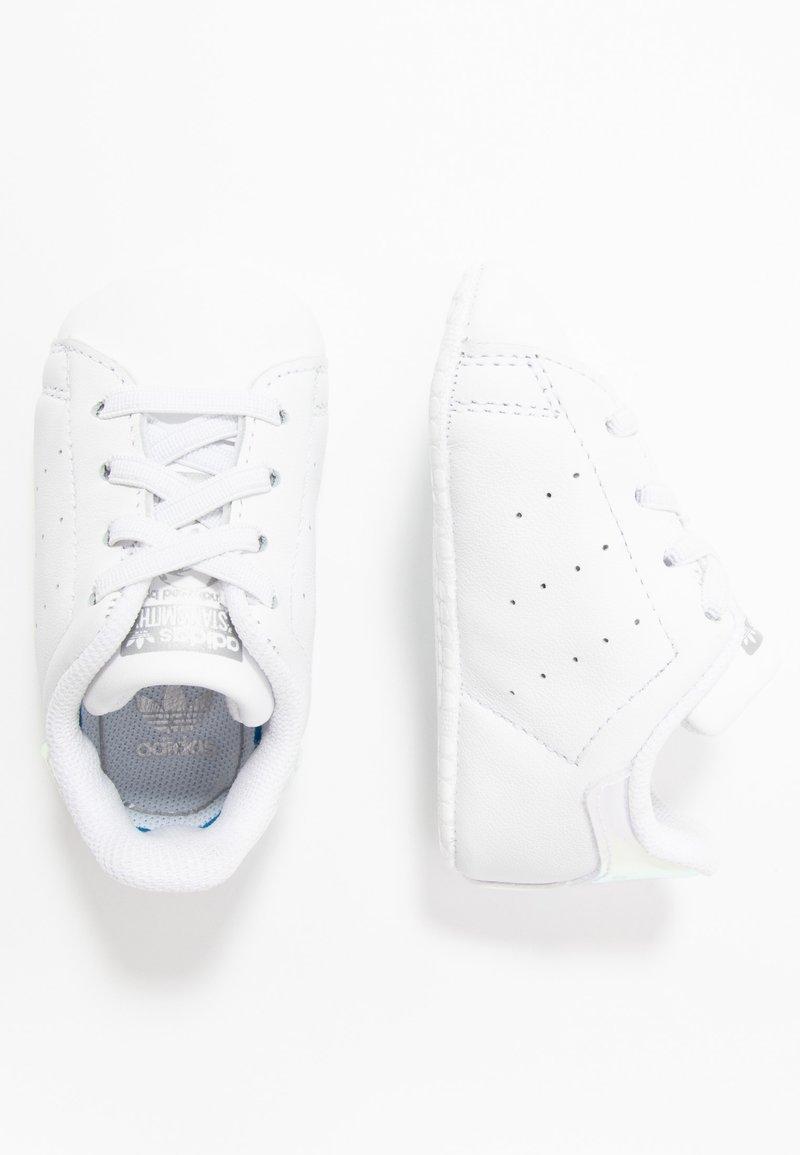 adidas Originals - STAN SMITH CRIB - Krabbelschuh - footwear white/silver metallic