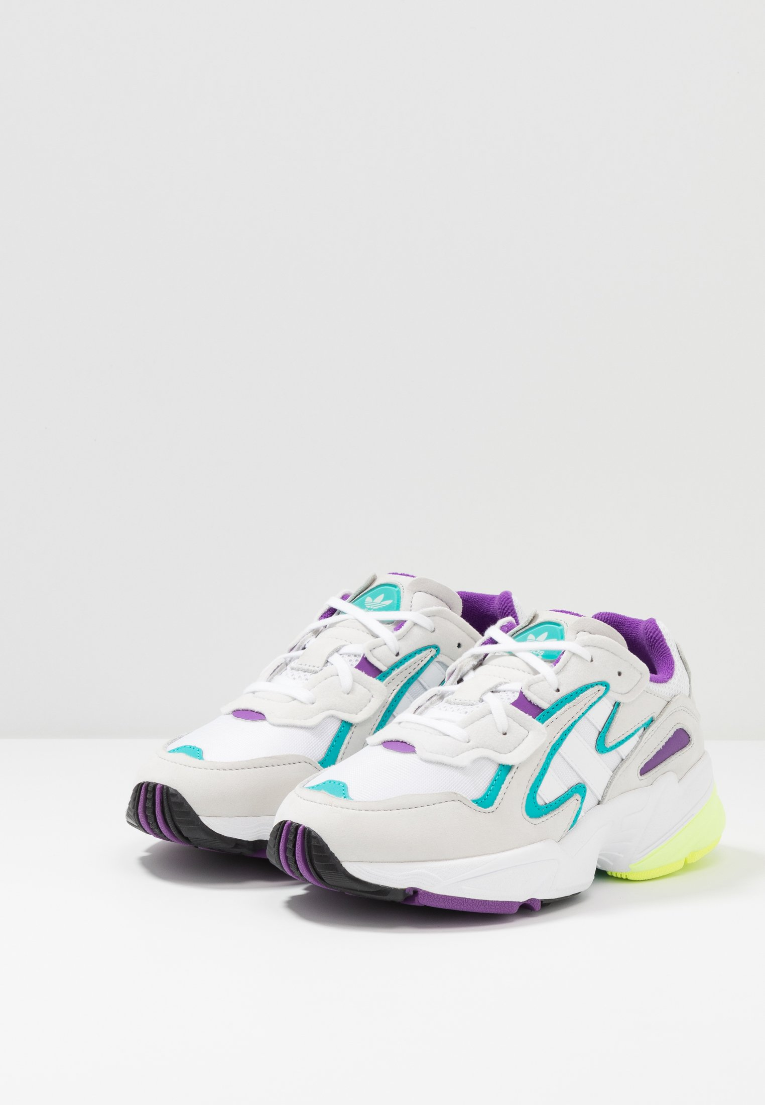 adidas Originals YUNG-96 CHASM - Trainers - footwear white/crystal white