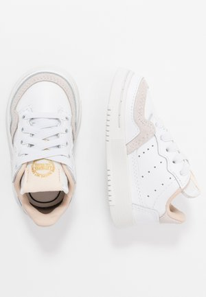 SUPERCOURT - Zapatillas - footwear white/crystal white