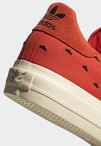 adidas Originals - CONTINENTAL VULC SHOES - Sneakers basse - orange - 9