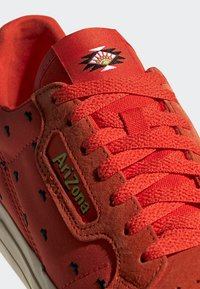 adidas Originals - CONTINENTAL VULC SHOES - Matalavartiset tennarit - orange - 8