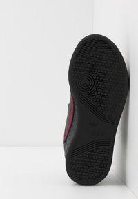 adidas Originals - CONTINENTAL 80  - Sneakers - core black/scarlet - 5