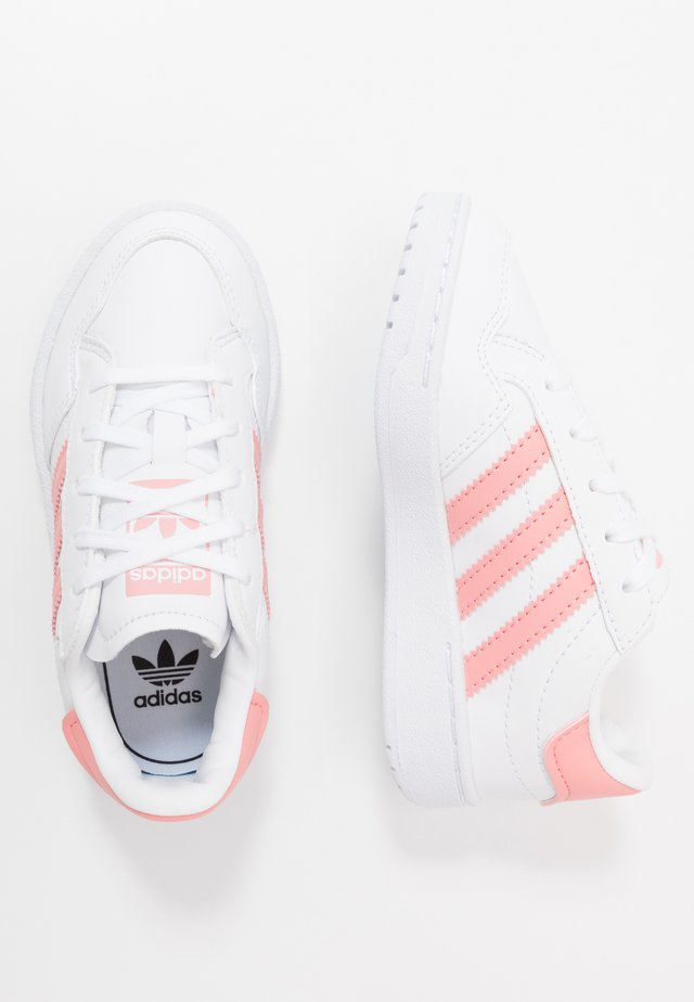 TEAM COURT - Sneakers - footwear white/glow pink/core black