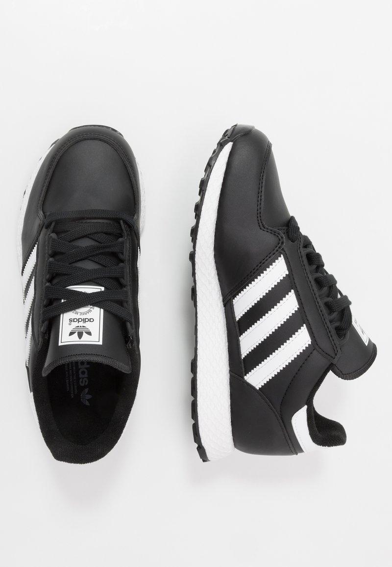 adidas Originals - FOREST GROVE - Sneakers basse - core black