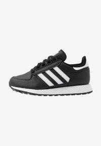 adidas Originals - FOREST GROVE - Sneakers basse - core black - 1