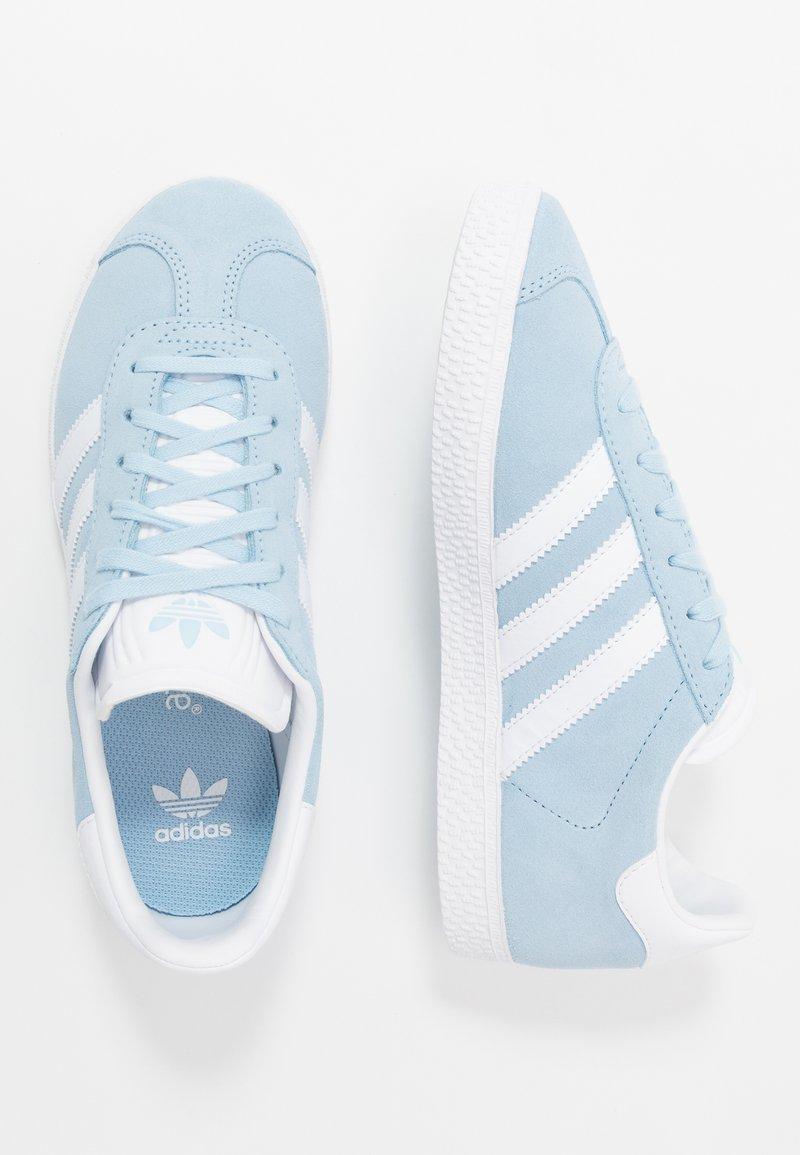 adidas Originals - GAZELLE - Baskets basses - clear sky/footwear white/gold metallic