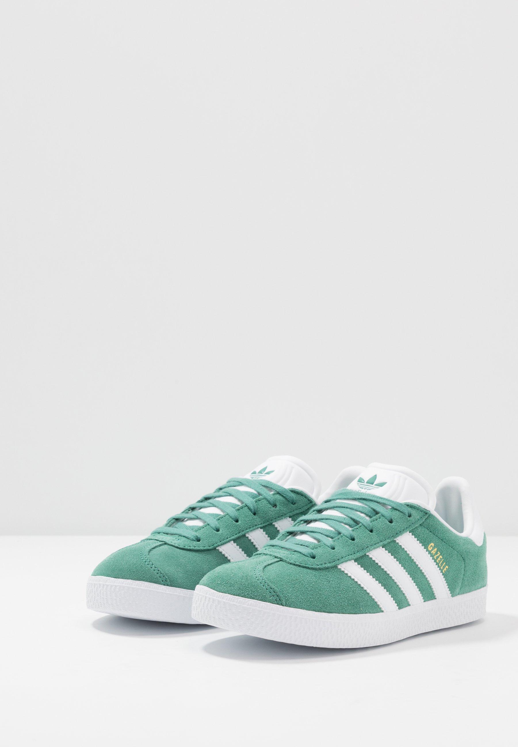 adidas Originals GAZELLE - Sneakersy niskie - future hydro/footwear white/gold metallic