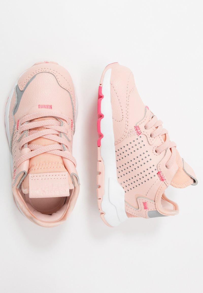 adidas Originals - NITE JOGGER - Slip-ons - vapor pink/silver metallic/real pink