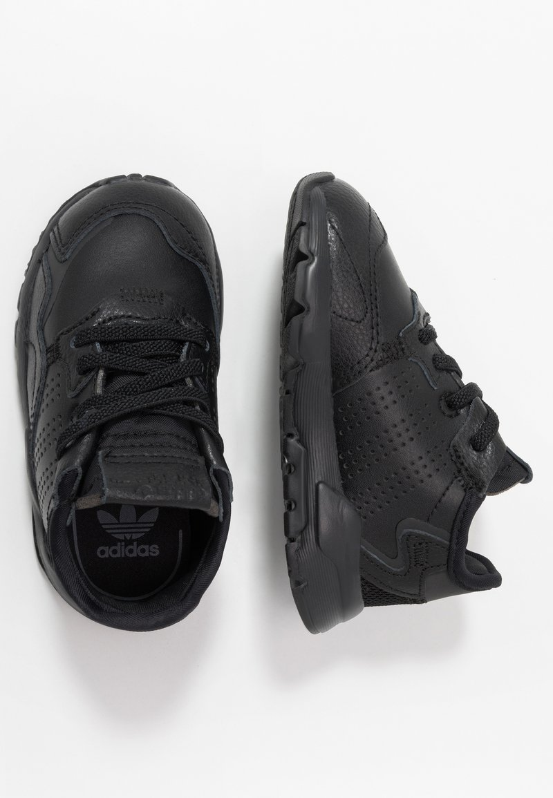 adidas Originals - NITE JOGGER - Instappers - core black