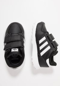 adidas Originals - FOREST GROVE - Sneakers laag - core black - 0