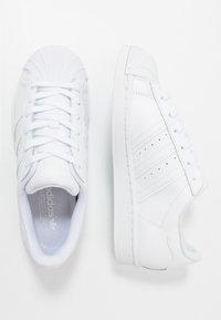 adidas Originals - SUPERSTAR - Sneakers - footwear white - 0
