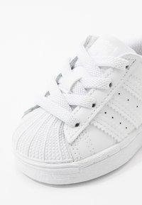adidas Originals - SUPERSTAR SPORTS INSPIRED SHOES - Zapatillas - footwear white - 2