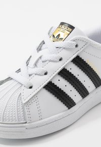 adidas Originals - SUPERSTAR - Instappers - footwear white/core black - 2
