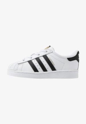 SUPERSTAR - Mocasines - footwear white/core black