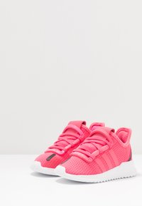 adidas Originals - U_PATH RUN - Trainers - real pink/footwear white - 3