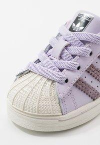 adidas Originals - SUPERSTAR  - Sneakers laag - purple tint/legend purple/offwhite - 2