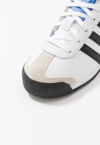 adidas Originals - SAMOA  - Sneakers laag - footwear white/core black - 5