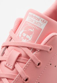adidas Originals - STAN SMITH - Sneakers basse - glow pink/footwear white - 2