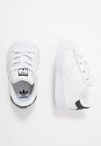 adidas Originals - SUPERSTAR EL - Sneakers laag - footwear white/core black - 0
