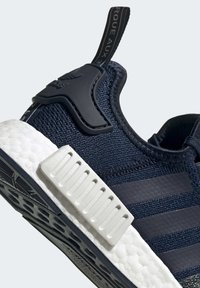 adidas Originals - NMD_R1 SHOES - Sneakers laag - blue - 6