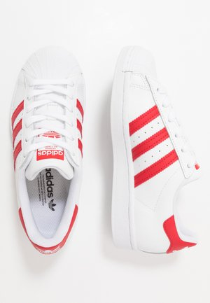 SUPERSTAR SPORTS INSPIRED SHOES - Zapatillas - footwear white/scarlet