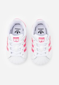 adidas Originals - SUPERSTAR  - Sneakers laag - footwear white/super pink/core black - 3