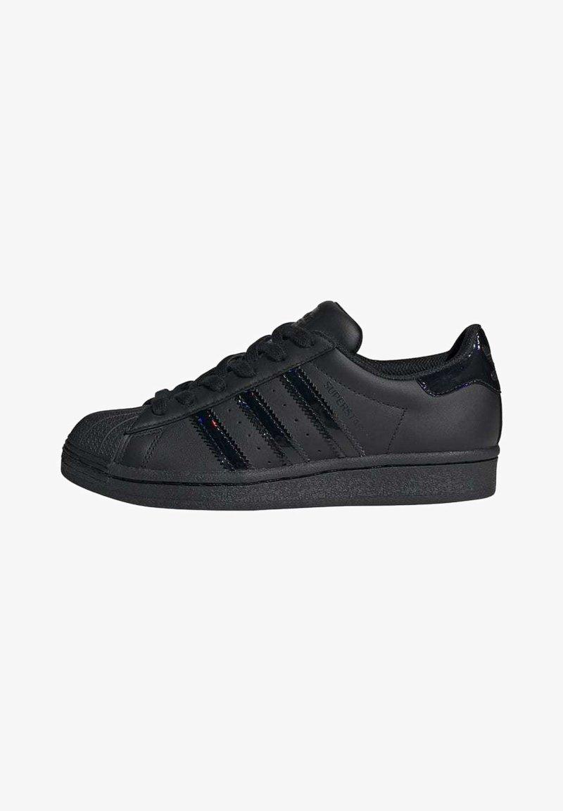 adidas Originals - SUPERSTAR SHOES - Sneaker low - black