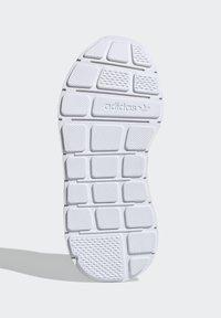 adidas Originals - SWIFT RUN SHOES - Sneaker low - blue - 4