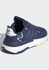 adidas Originals - NITE JOGGER SHOES - Sneakers basse - blue - 3